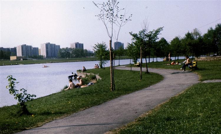 Katowice katowicki park le ny dolina trzech staw w for Benetton 3 stawy katowice
