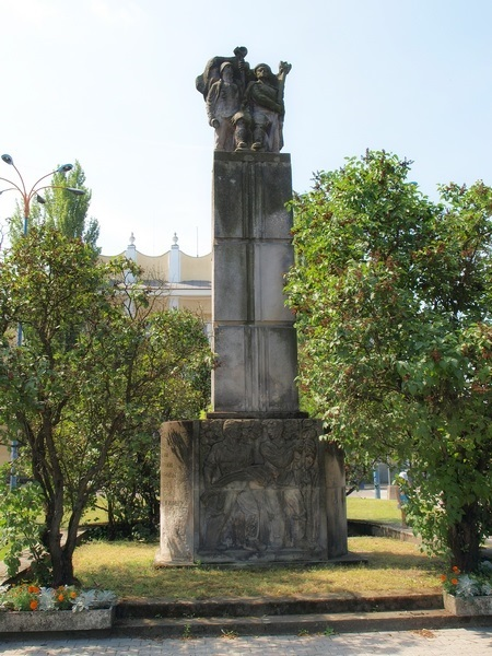 Pomnik Wdzięczności Armii Czerwonej w Skierniewicach