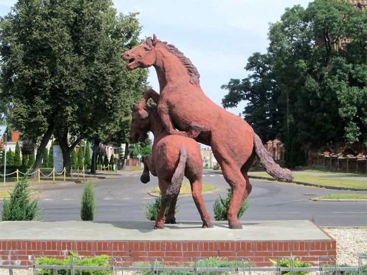 Pomnik koni - pablo